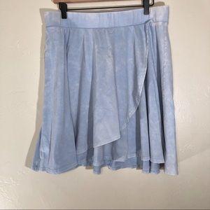 Torrid size 0 blue & white tie dye skirt